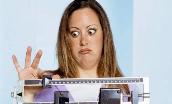 Ну, так чего нужно больше бояться – лишних килограммов или похудания?