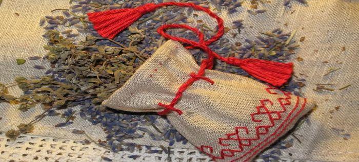 Способ приготовления оберега мешочка с травами